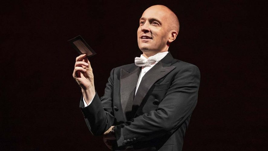 "Theater Review: Derren Brown ""Secret"""
